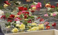 9_11-memorial-flowers